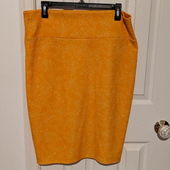 Gold Yellow LuLaRoe Cassie Pencil Skirt XL
